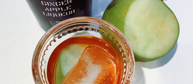 Old Fashioned Week: Ginger Apple Old Fashioned Cocktail Recipe